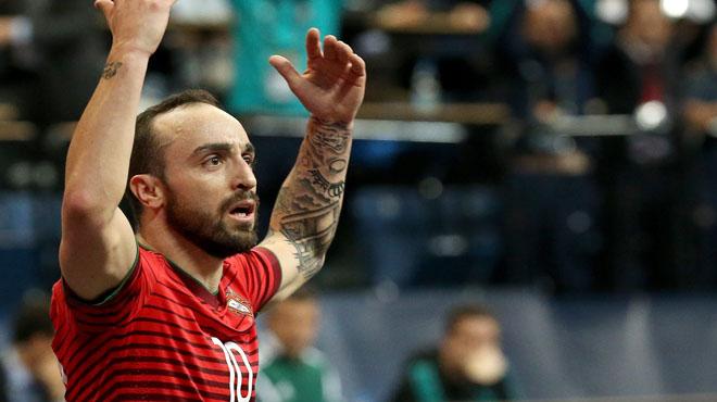 Ricardinho marca un golazo ante Portugal - UEFA Futsal Euro 2016
