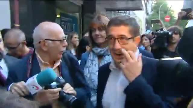Patxi L�pez, a su llegada a la sede del PSOE para asistir al comit� federal.