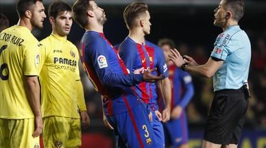 Piqué, sancionat amb 3.000 euros per les seves crítiques als àrbitres