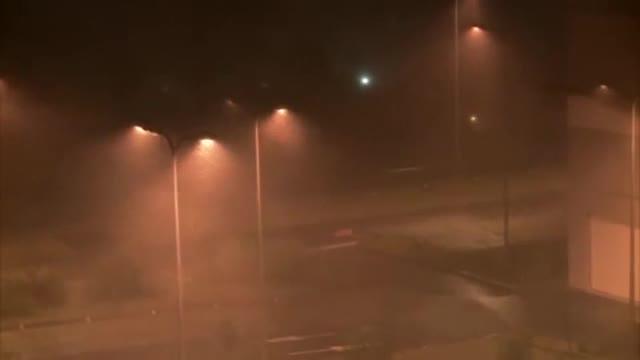 El huracán María ha alcanzado ya la categoría 5 y golpea las islas del Caribe.