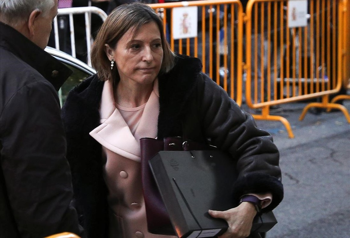 zentauroepp40880631 carme forcadell speaker of the catalan parliament arrives 171110122118