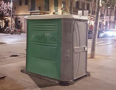 El ba�o m�s sucio de Barcelona