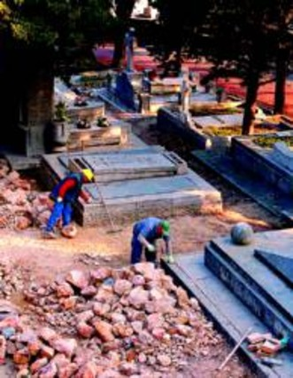 El cementerio de Montju�c acoger� visitas guiadas