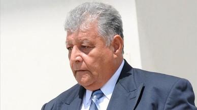 El exmilitar chileno Pedro Barrientos sale del Tribunal Federal en Orlando, Florida.