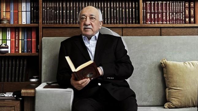"""La defensa denuncia un """"linchamiento político"""" al arrancar el juicio 'in absentia' contra la bestia negra de Erdogan"""