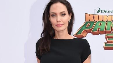 Jolie es penedeix d'haver sol·licitat el divorci a Pitt