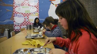 Els nous criteris de beques de menjador fan aflorar 16.000 nens més que les necessiten