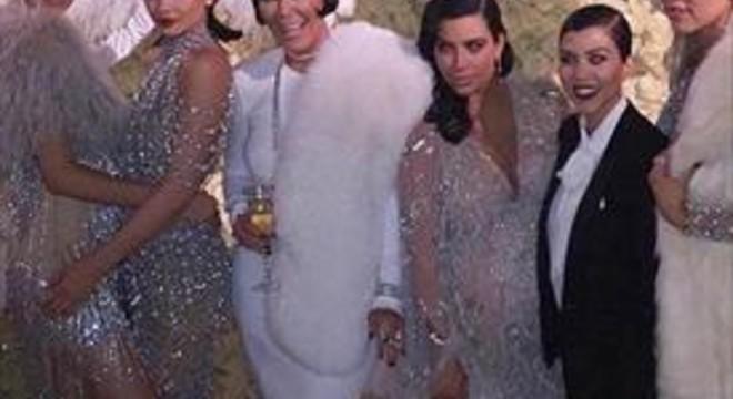 Kris Jenner en fa 60 a l'estil 'gran Gatsby'
