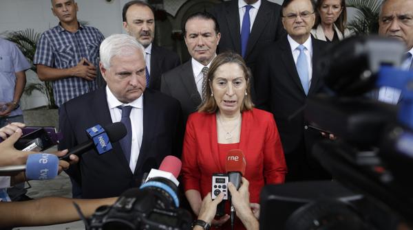 Pastor anuncia primer acord formal en el conflicte del canal de Panamà