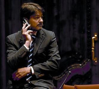 Oriol Pujol, en un receso de una sesión del Parlament de Catalunya.