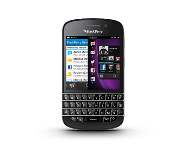 La Blackberry Q10.