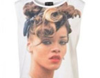 Rihanna demanda a TopShop por vender unas camisetas con su imagen