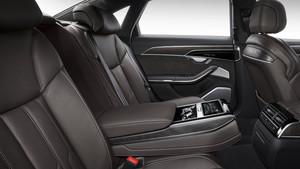 Interior del Audi A8 en versión corta.