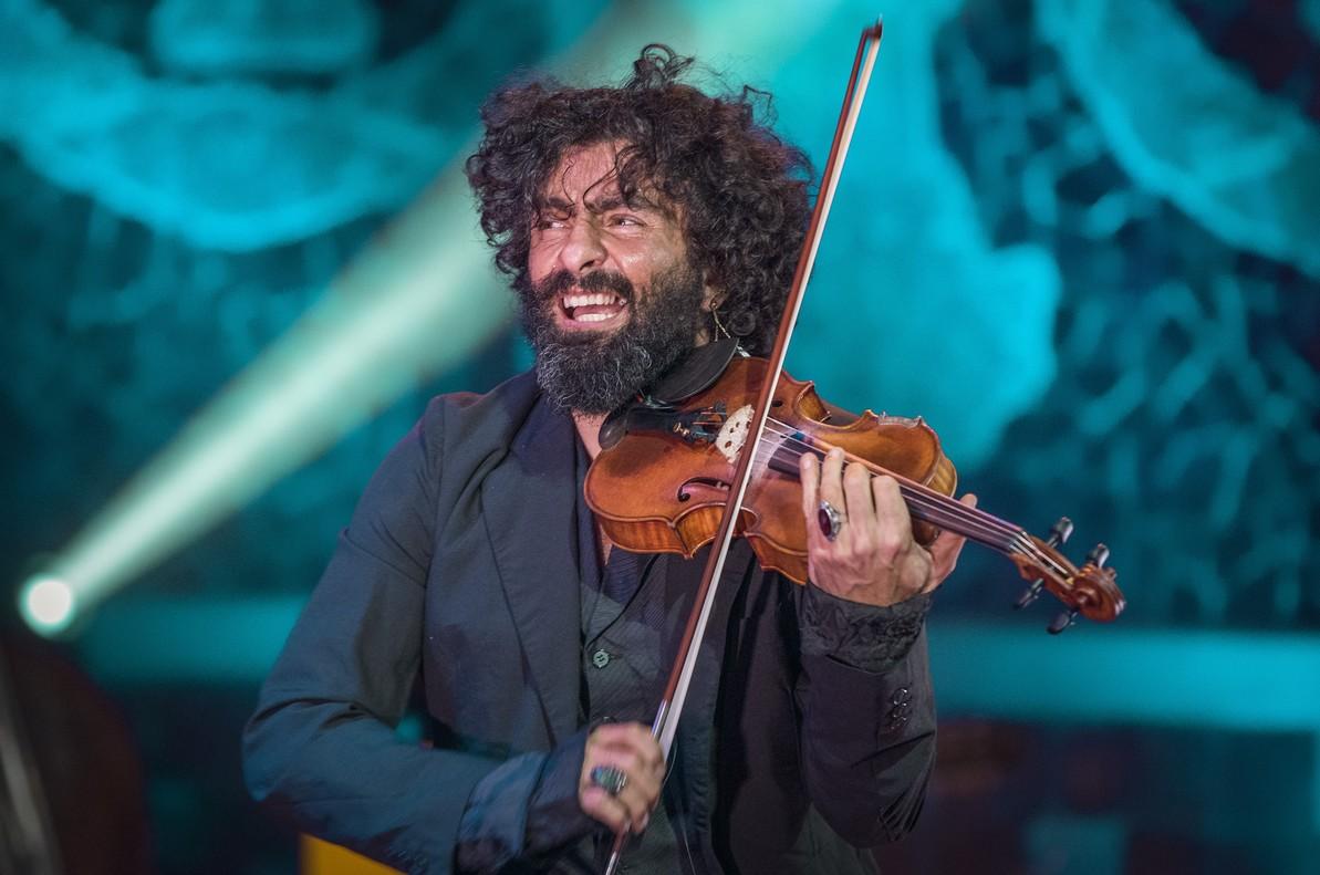 Ara Malikian durante su actuación en el Palau de la Música.