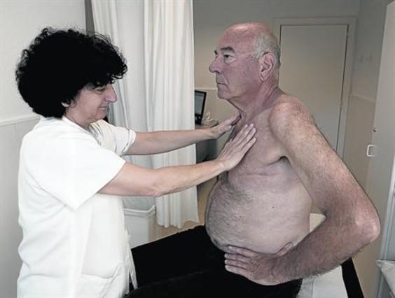 El cáncer de mama también afecta al 1% de los hombres