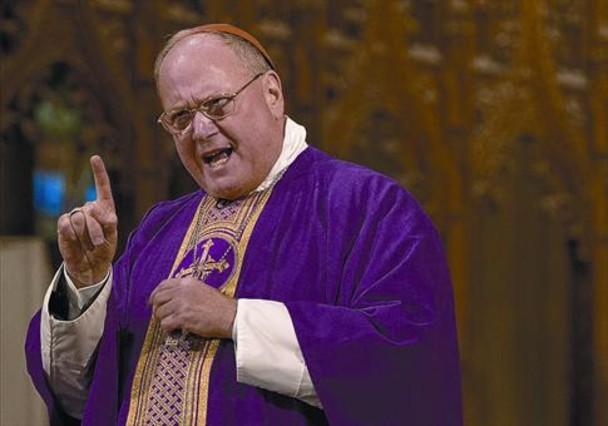 El influyente cardenal Dolan declara por la pederastia