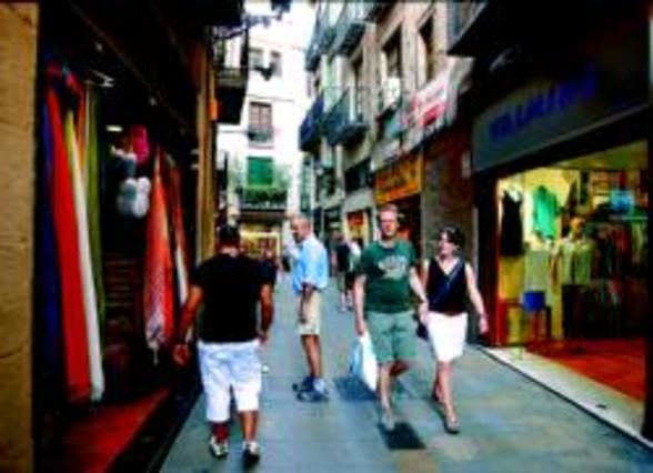 Las c maras de comercio instan al gobierno a combatir la - Calle boqueria barcelona ...