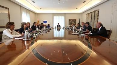 Rajoy cancela las vacaciones y se desplaza a Barcelona