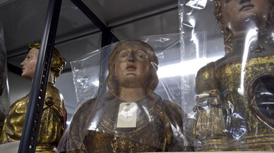 Esculturas en las reservas que formaran aprte de la exposici�n 'La caja entr�pica'.