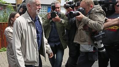 La victòria del 'brexit' fa esclatar el Partit Laborista