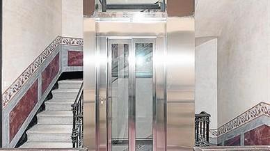 Gavà subvenciona los ascensores de 15 edificios