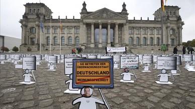 Protesta frente al Bundestag contra la reforma de la ley.