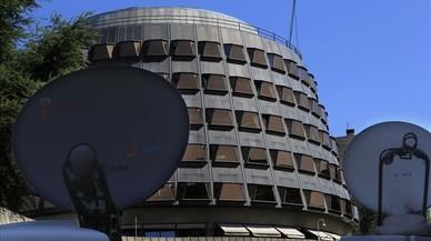 El Tribunal Constitucional suspèn la llei de ruptura