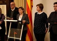 De izquierda a derecha, Ramona Barrufet, Lluís Corominas, Carme Forcadell, Anna Simó y Joan Josep Nuet, el pasado 2 de febrero.