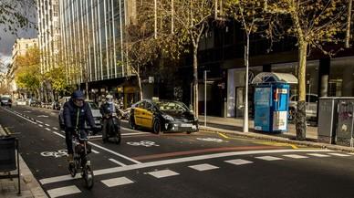La bici ultima el seu desembarcament definitiu a la calçada