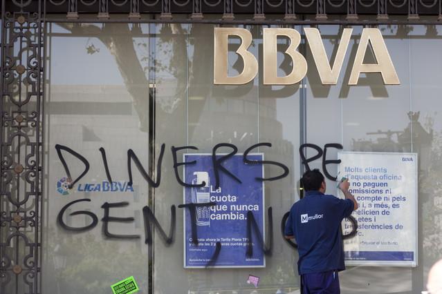 Ccoo pide que se aplique un ere en la integraci n de unnim y for Bbva oficines barcelona