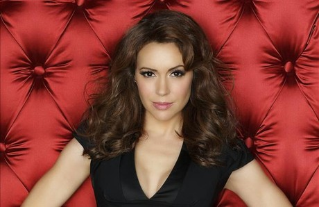 La actriz Alyssa Milano, en una foto promocional de 'Infieles'. 