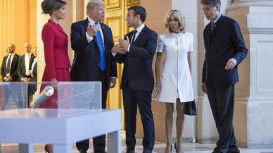 """Trump, acusat de sexista per dir-li a Brigitte Macron: """"¡Si que estàs en bona forma!"""""""