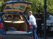 Buesa, a su llegada a su vivienda, registrada por la Guardia Civil.