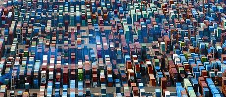 Contenedores en el puerto de Barcelona, un foco de actividad econ�mica.