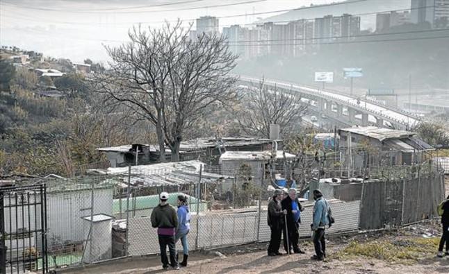 La crisis de la vivienda crea barraquismo en casetas de huerto for Casetas de huerto