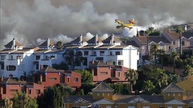 Desencadenat un incendi forestal a La Línea de la Concepción