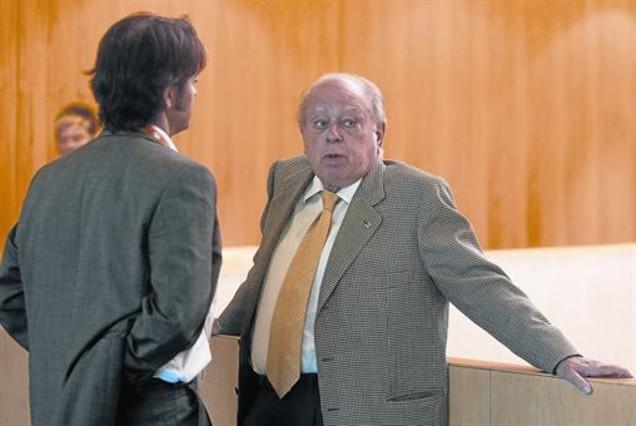 Jordi Pujol pide �perd�n� por ocultar fondos
