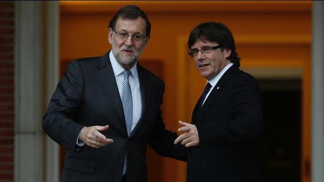 Puigdemont explica por carta a Rajoy su 'no' a la conferencia de presidentes