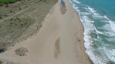 Viladecans demana al Govern central i a la Generalitat que es prenguin mesures per frenar el deteriorament del litoral