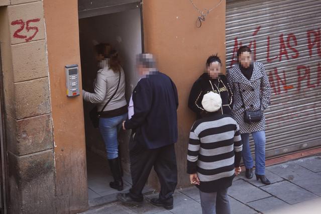 Ciutat vella acabar con la infravivienda y los meubl s de for Meuble barcelona