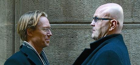 El dúo sueco formado por el periodista Anders Roslund (izquierda) y el exconvicto Borge Hellström, el viernes.