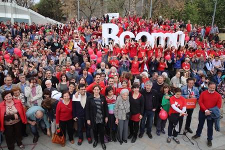 Foto de campa�a de Barcelona en Com�, este domingo en Nou Barris.