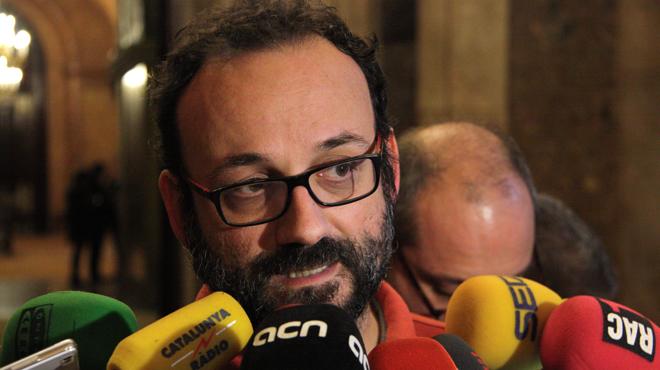 Benet Salellas anuncia que JxSí y la CUP han presentado las ponencias de las leyes de desconexión