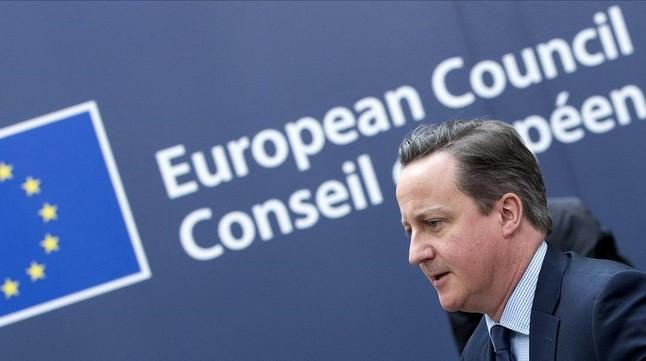 El primer ministro David Cameron llega a la reunión del Consejo Europeo en Bruselas.