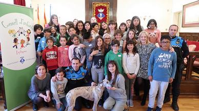 El Consell d'Infants d'Esplugues proposa equipar els pipicans i fomentar l'adopció