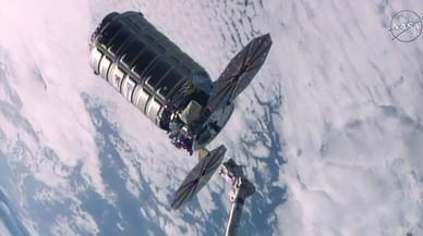 La nave 'Cygnus', momento después de separarse de la Estación Espacial Internacional (ISS).