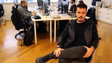 CONSOLIDACIÓN. Sergi Villaubí, fundador de Apartum, en las instalaciones de la compañía, en Barcelona.