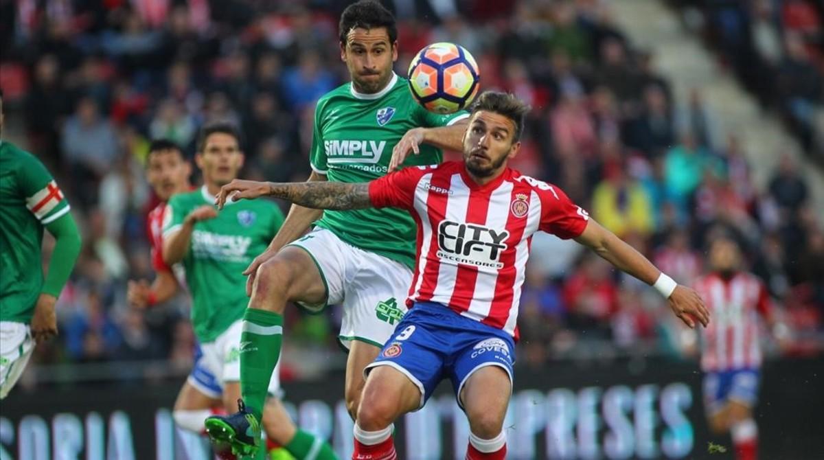 El Girona da un paso de gigante hacia el ascenso directo.