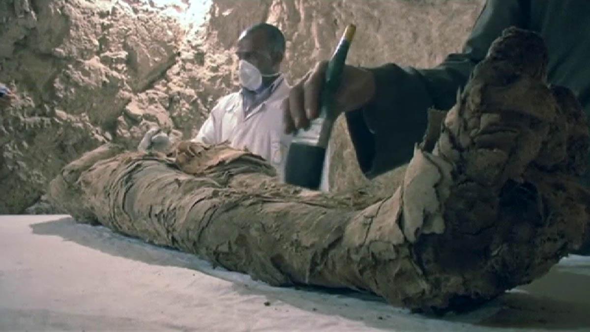 Encontrada una nueva momia en Luxor
