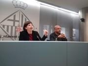 Laia Ortiz, teniente de alcaldía de Derechos Sociales, y Miquel Essomba, comisionado de Educación.